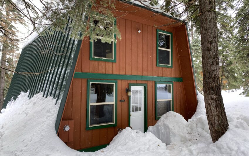 Turnkey Ski-In-Ski-Out High Sierra Gem